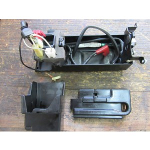 Ensemble boitier batterie Kawasaki ZX12 R 2000/2001