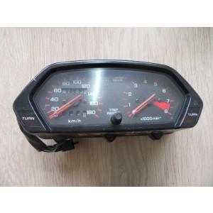 Compteur, tableau de bord Honda NX 650 Dominator (RD02) 1988-1991 – 67 153 km (37100MN9791)