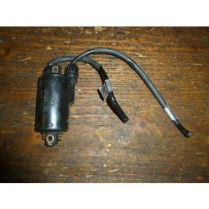 Bobine haute tension pour cylindre 1 et 4  Honda CBX650E (RC13)