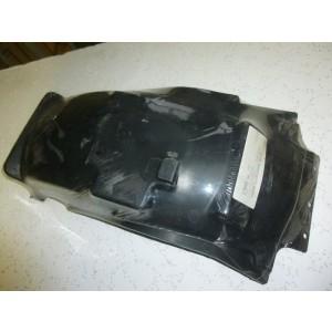 Partie interne de garde boue arrière Yamaha 600 XT (1VJ)