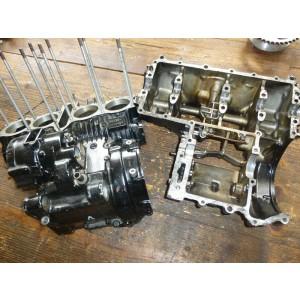 Jeu de carters moteur pour Honda CBX650E (RC13)