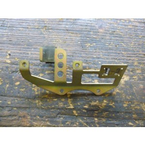 Support de bobine (1et3) Honda 750 VFC (RC43) 1993-02