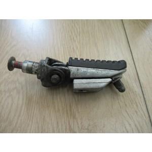 Repose pied avant droit Kawasaki Z750, Z1000, ZZR 1200, ZRX 1200, ZRX 1100, ZR7, ZX12R, ZX9R, ZX6R (340281429)