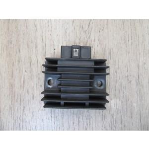 Régulateur Honda NX 125  Transcity 1989-1997 (SH561-12)