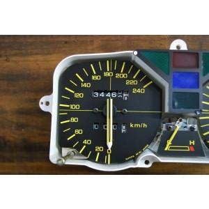 Tableau de bord Honda VF 500 F2 (PC12) 1984/1987 (34466 km)